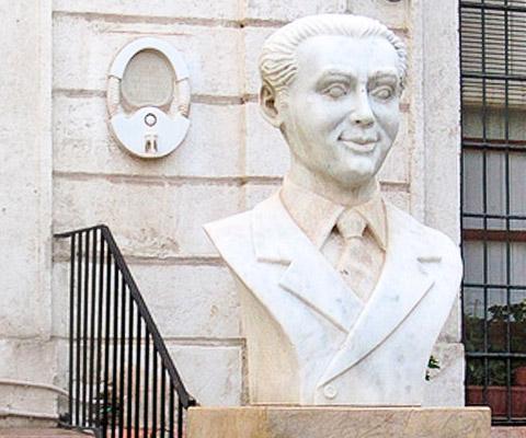 Busto a Federico García Lorca en Almería