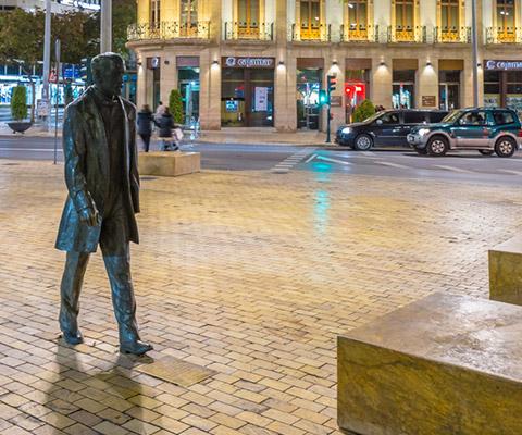 Estatua a Nicolás Salmerón, Almería Turismo
